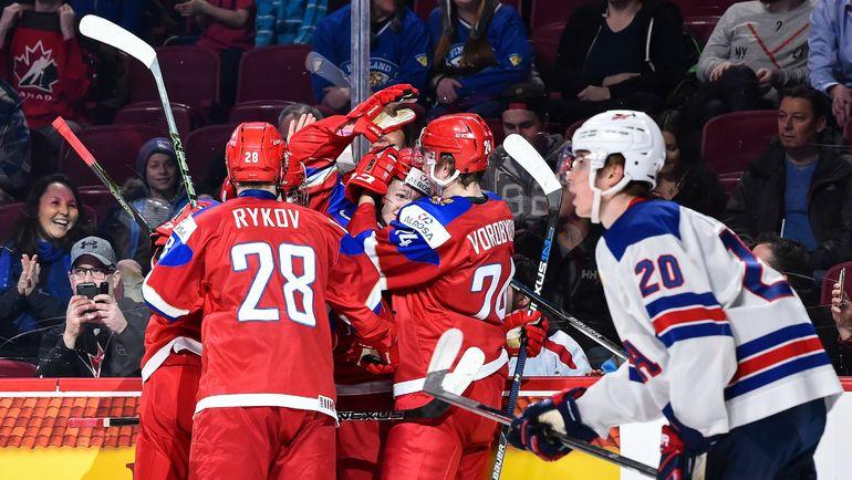 Россияне празднуют гол. Фото Reuters
