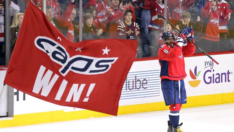 """Среда. Вашингтон. """"Вашингтон"""" - """"Питтсбург"""" - 5:2. Александр ОВЕЧКИН преодолел отметку в 1000 очков в регулярных чемпионатах НХЛ за карьеру. Фото USA Today"""