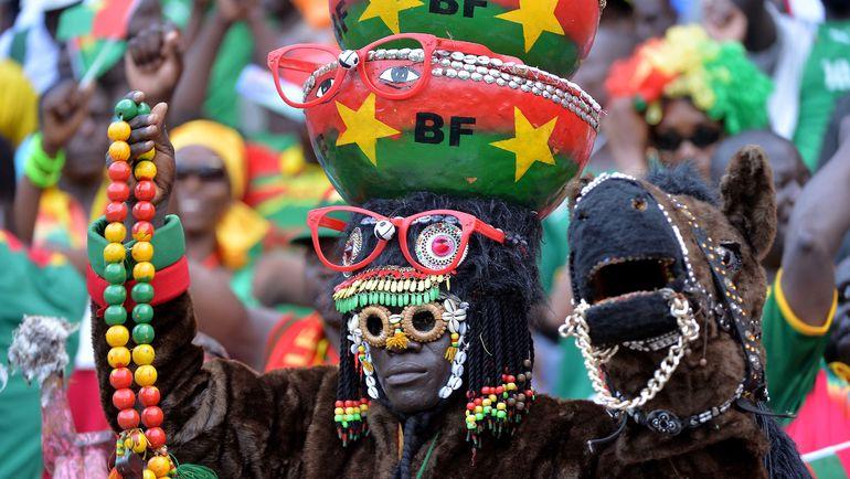 Болельщик сборной Буркина-Фасо. Фото AFP