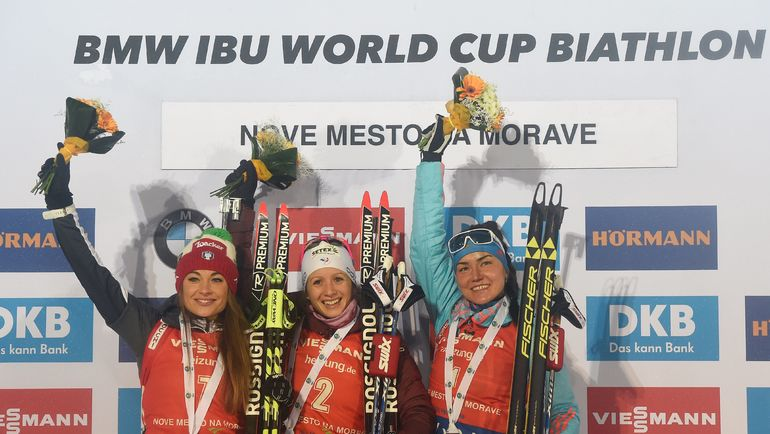 Доротея ВИРЕР, Анаис ШЕВАЛЬЕ и Татьяна АКИМОВА (слева направо). Фото AFP