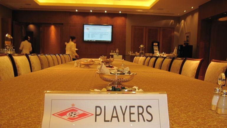 """Так спартаковцы ели в Emirates Palace. Фото """"СЭ"""""""