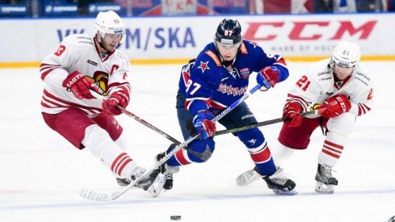"""Сегодня. Санкт-Петербург. СКА - """"Йокерит"""" - 3:5. Никита ГУСЕВ рвется в атаку. Фото ХК СКА"""