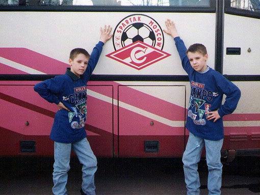 Кирилл и Дмитрий КОМБАРОВЫ в детстве.