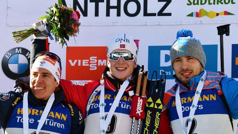 Сегодня. Антерсельва. Кантент ФИЙОН МАЙЕ, Йоханесс БЕ и Антон ШИПУЛИН (слева направо). Фото AFP