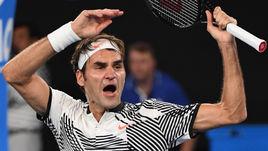 Суббота. Мельбурн. Роджер ФЕДЕРЕР празднует выход в четвертьфинал Открытого чемпионата Австралии.