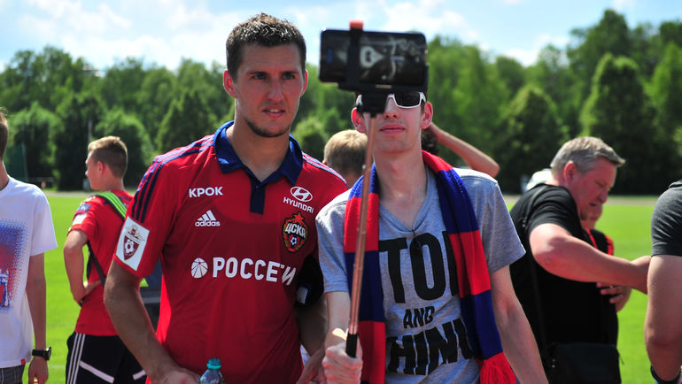 "Виктор ВАСИН (слева). Фото Федор УСПЕНСКИЙ, ""СЭ"""