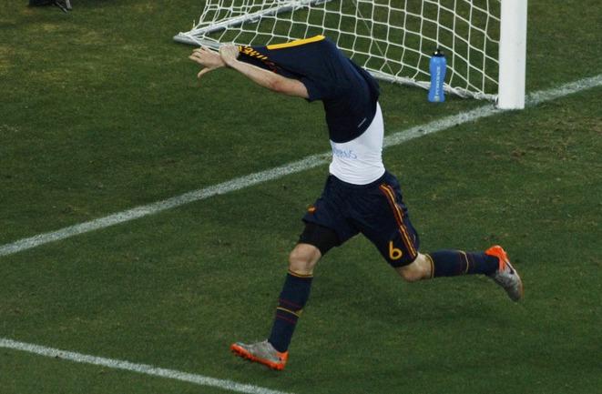 Воскресенье. Йоханнесбург. Голландия - Испания - 0:1 д.в. Андрес ИНЬЕСТА празднует победный гол! Фото REUTERS Фото Reuters