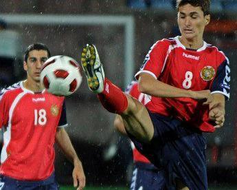 Пиньейру ПИЦЦЕЛЛИ (№8) - автор четвертого гола Армении в ворота Андорры. Фото AFP Фото AFP