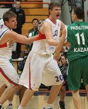 Захар Пашутин и Матьяж Смодиш дисквалифицированы на два матча
