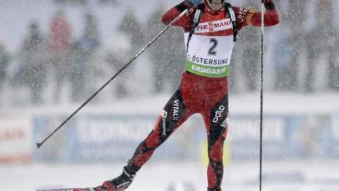 Сегодня. Эстерсунд. Победитель гонки преследования Оле Эйнар БЬОРНДАЛЕН на дистанции. Фото REUTERS Фото Reuters