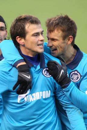 Данко ЛАЗОВИЧ (слева) и Сергей СЕМАК. Фото Вячеслава ЕВДОКИМОВА Фото «СЭ»