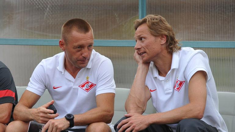 Андрей ТИХОНОВ (слева) и Валерий КАРПИН. Фото Александр ФЕДОРОВ, «СЭ»