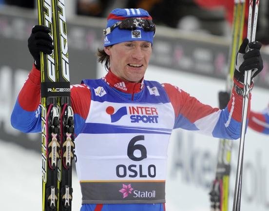 Сегодня. Осло. Максим ВЫЛЕГЖАНИН радуется своему успеху в дуатлоне Фото AFP