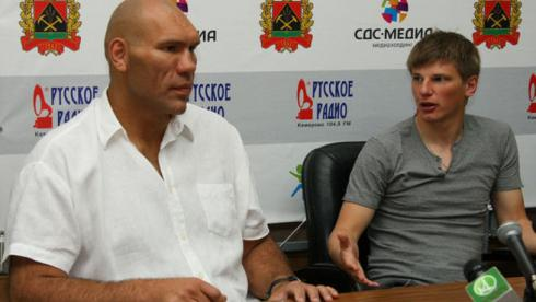 Сегодня. Кемерово. Николай ВАЛУЕВ и Андрей АРШАВИН. Фото «СЭ»