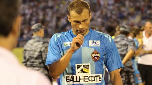 Василий Березуцкий дисквалифицирован на четыре кубковых матча и оштрафован на 40 тысяч рублей Фото «СЭ»