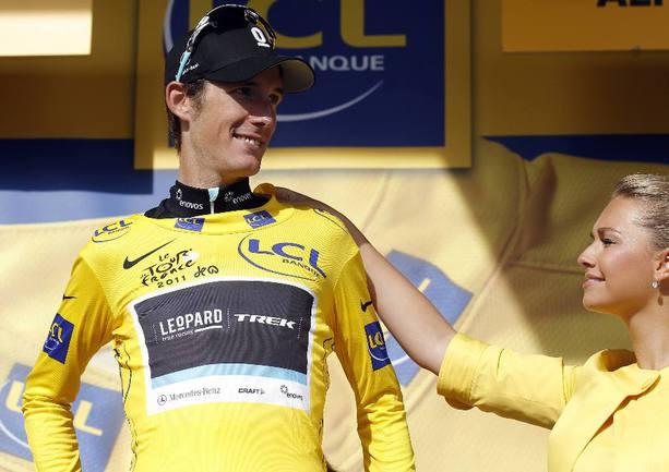 "Анди ШЛЕК после 19-го этапа надел желтую майку лидера ""Тур де Франс"". Фото REUTERS Фото Reuters"