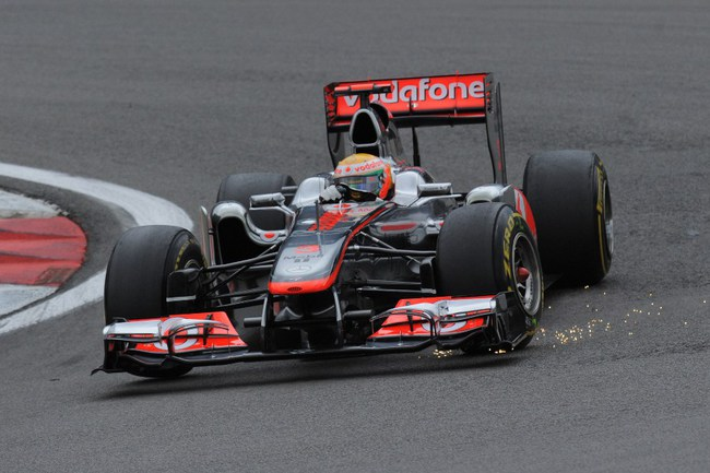 """Сегодня. Нюрбургринг. """"Гран-при Германии"""". На трассе болид """"Макларен"""" Льюиса Хэмилтона. Фото AFP Фото AFP"""