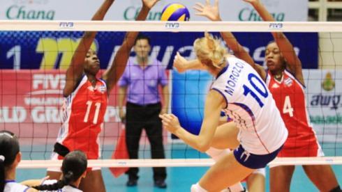 Сегодня. Накхон-Патхом. Россия - Куба - 3:1. В атаке Юлия МОРОЗОВА. Фото FIVB Фото «СЭ»