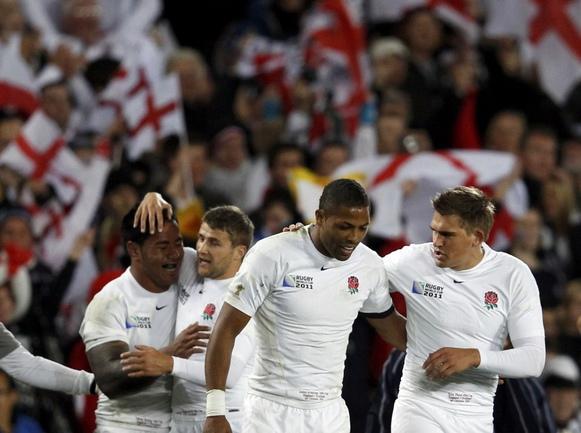 Сборная Англии празднует победу над Шотландией в заключительном матче группового турнира Кубка мира. Фото REUTERS Фото Reuters