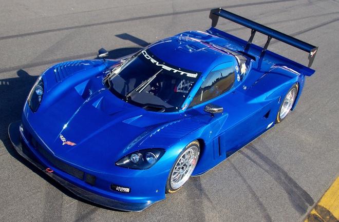 """Прототип получил имя Corvette - в честь серийного спорт-купе, с которым имеет мало общего Фото """"СЭ"""""""