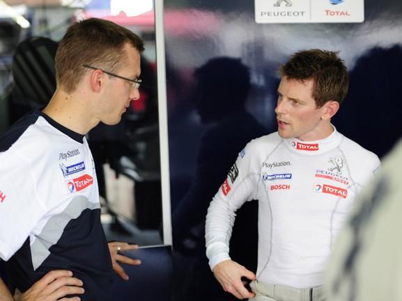 """В """"Формуле-1"""" карьера Дэвидсона не заладилась (24 гонки, ни одного очка), а в гонках на выносливость британец стал настоящей звездой Фото """"СЭ"""""""
