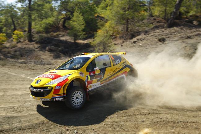 """За пять сезонов на Peugeot 207 S2000 были добыты 23 победы на этапах IRC и три чемпионских титула. В нынешнем сезоне этот счет наверняка будет пополнен Фото """"СЭ"""""""