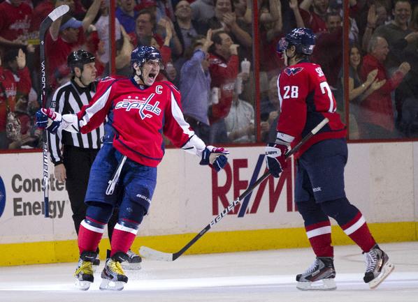 Александр ОВЕЧКИН (слева) и Александр СЕМИН. Фото AFP Фото AFP