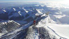 Эверест: Альпари на вершине мира Фото «СЭ»