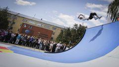 Леонид Камбуров научил студентов летать Фото «СЭ»