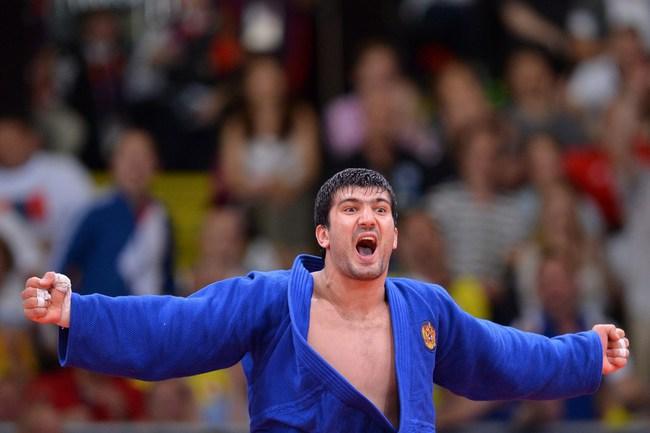 Сегодня. Лондон. Тагир ХАЙБУЛАЕВ - третье золото России на Играх-2012! Фото AFP Фото AFP