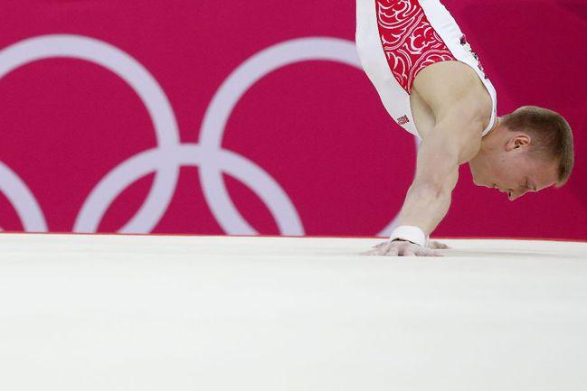 Денис АБЛЯЗИН - бронзовый призер Олимпиады-2012. Фото AFP Фото AFP