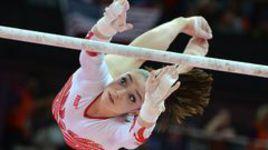 Алия Мустафина завоевала олимпийское золото на брусьях!