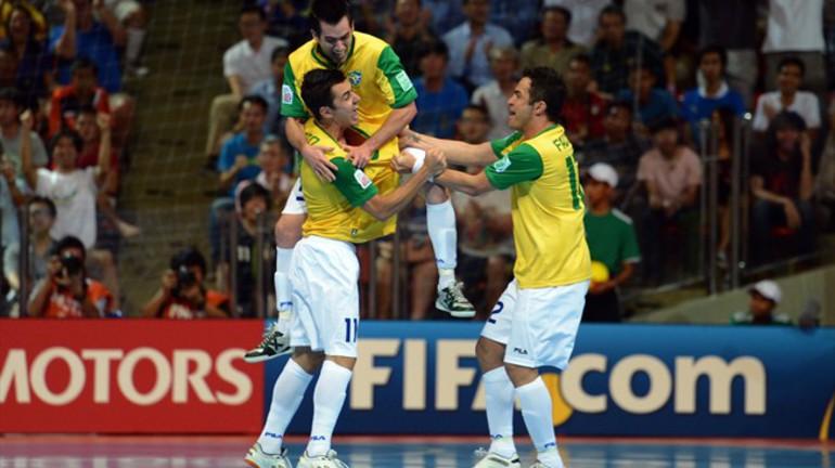 Бразилия- испания минифутбол 2008