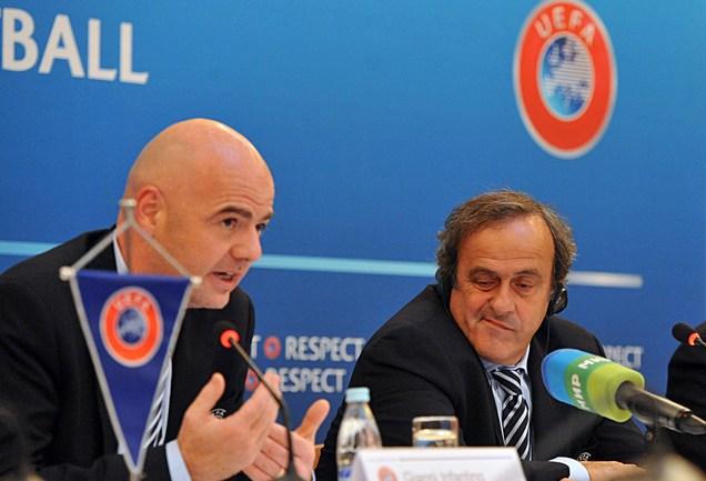 Руководители УЕФА: генеральный секретарь Джанни ИНФАНТИНО (слева) и президент УЕФА Мишель ПЛАТИНИ. Фото AFP Фото AFP