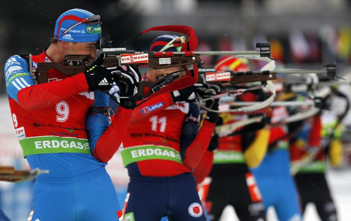 Российский биатлонист Дмитрий МАЛЫШКО. Фото REUTERS Фото Reuters