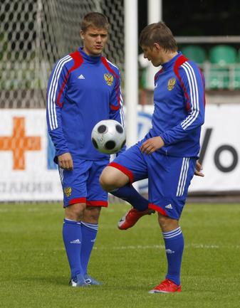 Игорь ДЕНИСОВ (слева) и Андрей АРШАВИН. Фото Александра ВИЛЬФА Фото «СЭ»
