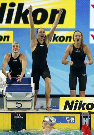 Сегодня. Стамбул. Россия завоевала серебро в женской эстафете 4х200 м вольным стилем. Фото REUTERS Фото Reuters