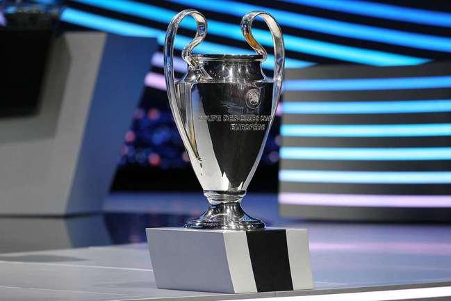 Лоббисты новой объединеной лиги считают, что ее участники смогут реально претендовать на завоевание главного европейского клубного трофея. Фото AFP Фото AFP