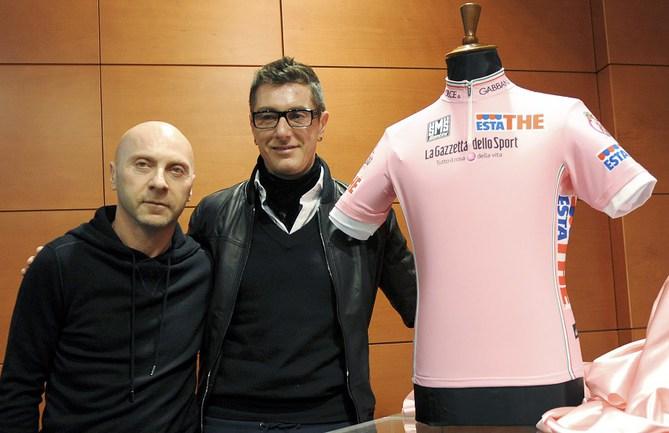 Знаменитые итальянские диайнеры-модельеры одежды Доменико ДОЛЬЧЕ (слева) и Стефано ГАББАНА. Фото Reuters Фото «СЭ»