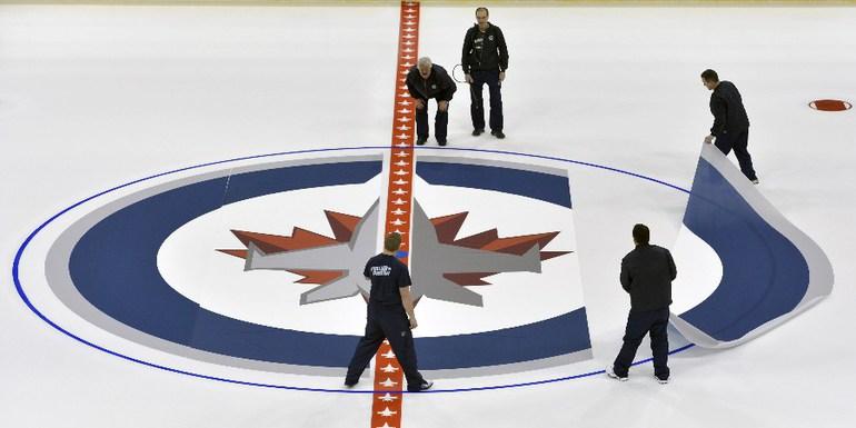 Вторник. Виннипег. Практически все арены клубов НХЛ уже находятся в полной боевой готовности. Фото REUTERS Фото Reuters