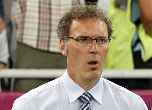 Бывший наставник сборной Франции Лоран БЛАН возглавит римский клуб? Фото REUTERS Фото Reuters