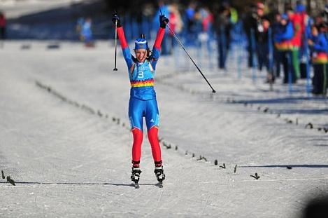 Россиянка Ульяна КАЙШЕВА - обладательница трех золотых медалей на первенстве мира среди девушек в Обертиллиахе. Фото biathlonrus.com Фото «СЭ»