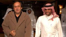 Доха. 2008 год. Президент УЕФА Мишель ПЛАТИНИ и генеральный секретарь Олимпийского комитета Катара Сауд аль-Тани.