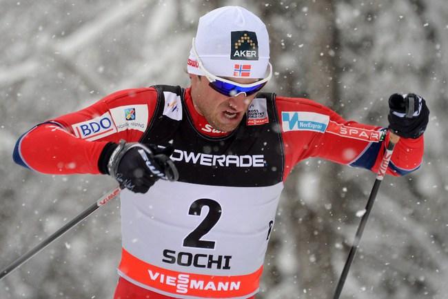 Сегодня. Сочи. Норвежец Петтер НОРТУГ бежит к победе на этапе Кубка мира. Фото AFP Фото AFP