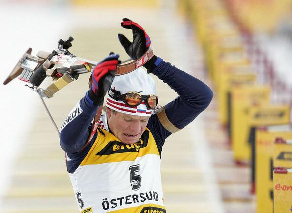 Экс-чемпион мира, а ныне менеджер биатлонной сборной России Сергей РОЖКОВ. Фото AFP Фото AFP
