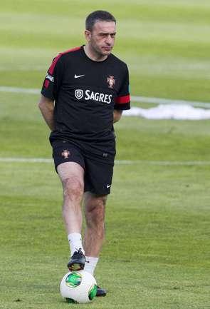 Главный тренер сборной Португалии Паулу БЕНТУ. Фото AFP Фото AFP