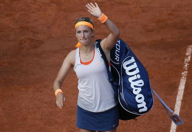 Несмотря на поражение от Марии Шараповой в полуфинале Roland Garros-2013 Виктория АЗАРЕНКО обогнала ее в рейтинге WTA. Фото AFP Фото AFP