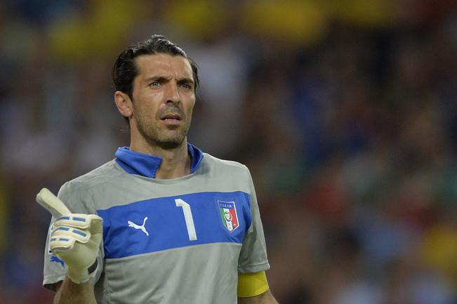 Голкипер сборной Италии Джанлуиджи БУФФОН. Фото AFP Фото AFP