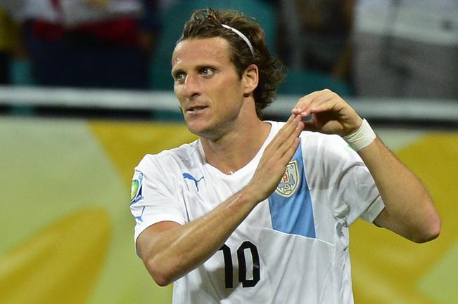 Нападающий сборной Уругвая Диего ФОРЛАН. Фото AFP Фото AFP