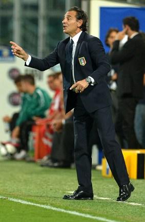 Главный тренер сборной Италии Чезаре ПРАНДЕЛЛИ. Фото AFP Фото AFP